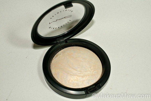 Product Image of MAC Mineralize Skinfinish Lightscapade