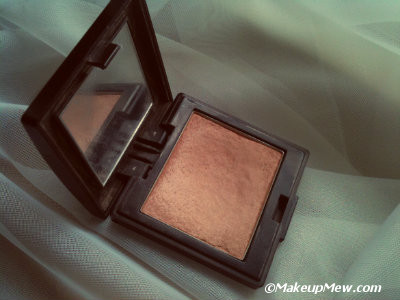 The Laura Mercier Second Skin Cheek Colour in Crushed Hazelnut