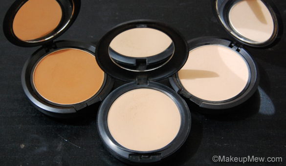 Powder Foundations - Types of Makeup Foundations