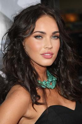 picture of megan fox's famous eyebrows