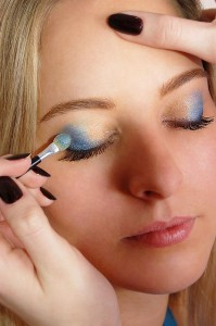 picture of eye shadow being applied